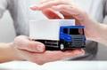 Как должны быть организованы сопровождение и охрана грузов?