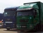На границе стоят 350 грузовиков